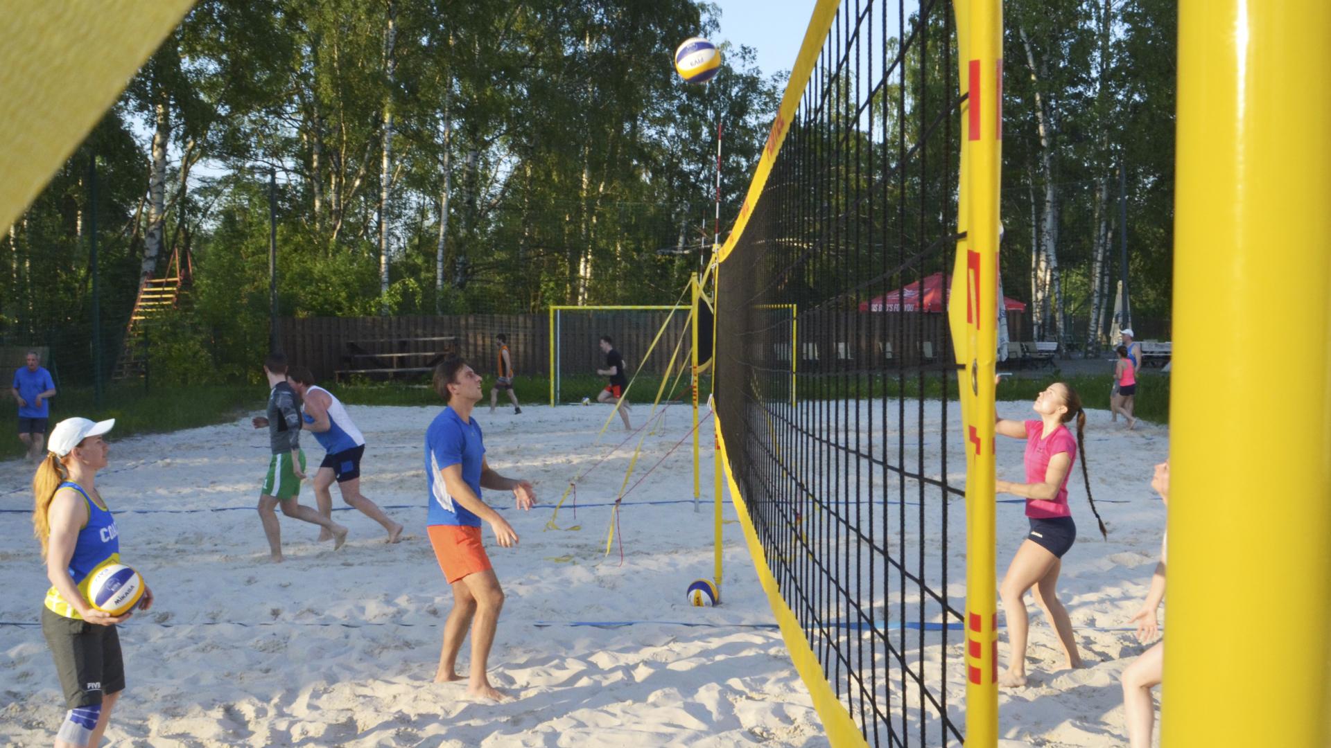 тренировки по пляжному волейболу Петербург